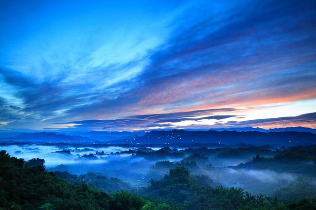 台南二寮-藍天雲海