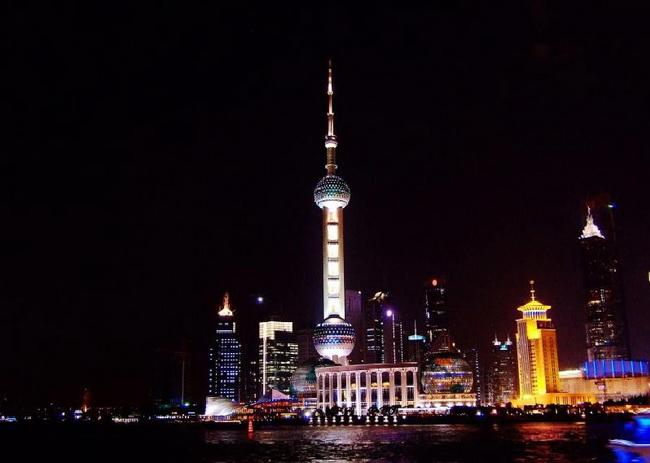 上海東方明珠電視塔468M