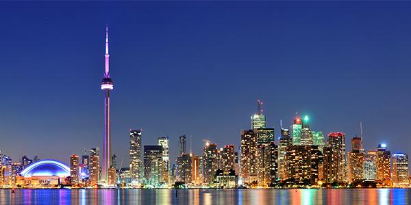 加拿大國家電視塔553M