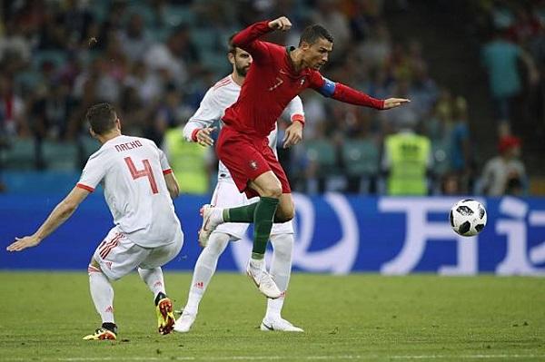 葡萄牙C羅帽子戲法3:3逼和西班牙