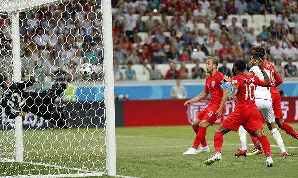 英格蘭2:1踢走突尼西亞