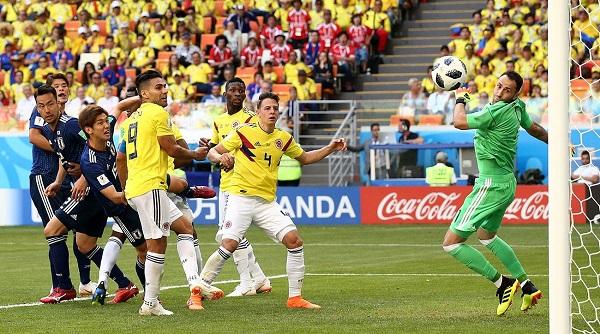 日本頭槌2:1擊敗哥倫比亞