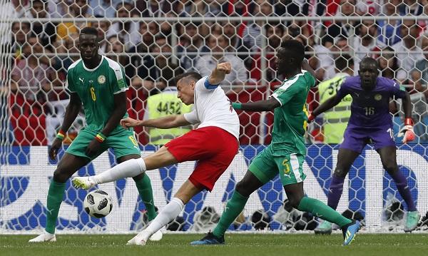 塞內加爾2:0擊敗波蘭