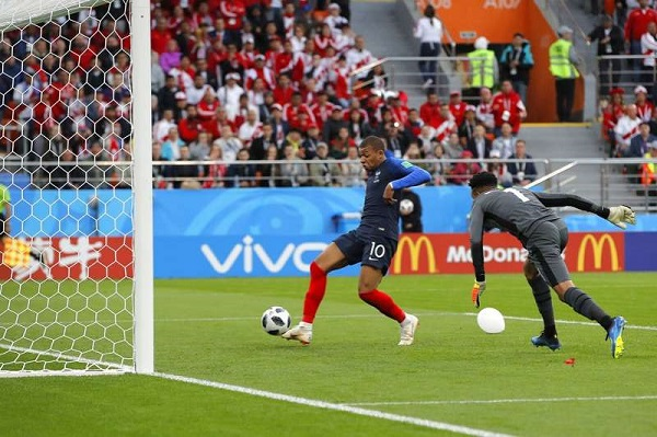法國1:0淘汰祕魯