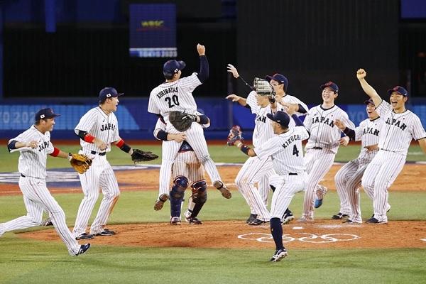 日本棒球搶下金牌